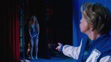 1. Выход на сцену сексапильной Оливии Уайлд – Невероятный Бёрт Уандерстоун