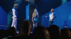 4. Выход на сцену сексапильной Оливии Уайлд – Невероятный Бёрт Уандерстоун