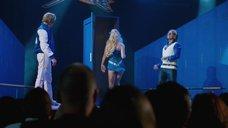 5. Выход на сцену сексапильной Оливии Уайлд – Невероятный Бёрт Уандерстоун