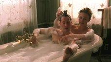 Совместная ванна с Шарлиз Терон