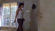 Кристина Риччи в майке без лифчика