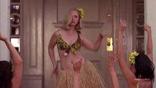 Гавайский танец Кристины Риччи