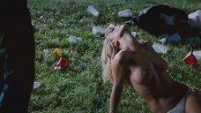 2. Пьяная Кристина Риччи – Стон черной змеи