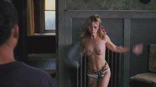 3. Зверское желание секса Кристины Риччи – Стон черной змеи