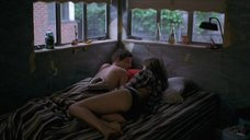 Сексуальная Ума Турман в постели
