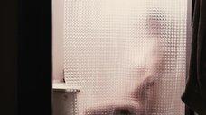 2. Лив Тайлер мастурбирует в душе – Цена страсти
