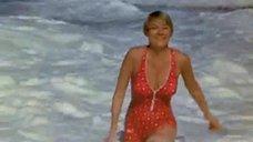 Секси Хоуп Лэнг в купальнике