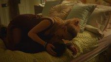 2. Сексуальная сцена с Эммой Маккей – Половое воспитание