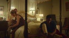 7. Сексуальная сцена с Эммой Маккей – Половое воспитание