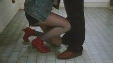 6. Откровенная сцена с Сереной Гранди в стрелковом клубе – Ночная женщина
