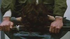 7. Откровенная сцена с Сереной Гранди в стрелковом клубе – Ночная женщина