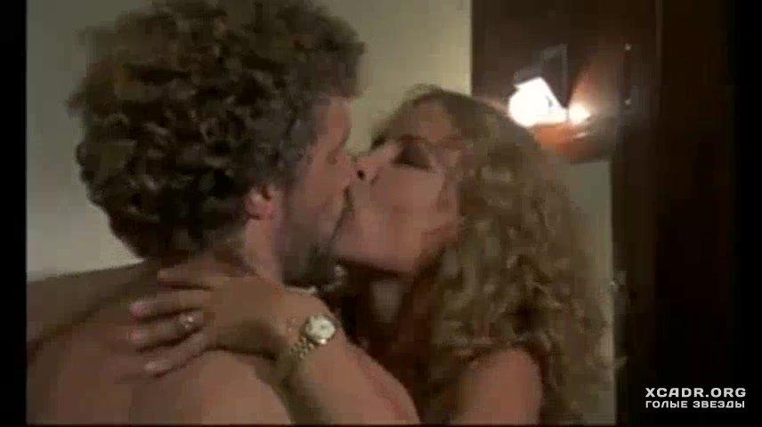 Групповой Секс С Зорой Керовой – Девушка Из Спального Вагона (1980)