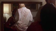 1. Откровенная сцена с Шерилин Фенн – Слияние двух лун