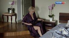 Горячая Евгения Осипова в халате после секса