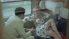1. Секс с Тери Тордаи в поезде – Джулия