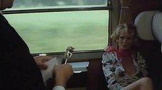 2. Секс с Тери Тордаи в поезде – Джулия