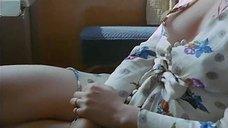 2. Голая грудь Тери Тордаи – Джулия