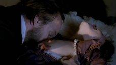 Страстное целование груди Ольги Смирновой