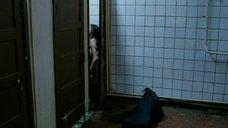 2. Секс с Евгенией Серебренниковой в общественном туалете – Нас не догонишь