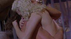 9. Интимная сцена с Шерилин Фенн – Слияние двух лун