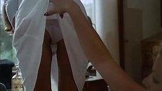 1. Гизела Хан соблазняет Доминик Дельпьерр – Джулия