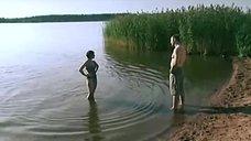 4. Сексуальная Юлия Рудина в купальнике – Боец 2: Рождение легенды
