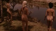 Норман Кассерли случайно наткнулся в лесу на лагерь нудистов