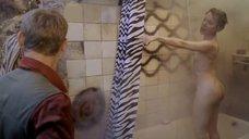 4. Катерина Ксеньева голышом – Не думай про белых обезьян
