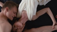 6. Эротическая сцена с Полиной Толстун – Анатомия измены