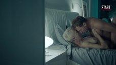 13. Красивая секс сцена с Дарьей Мороз – Содержанки