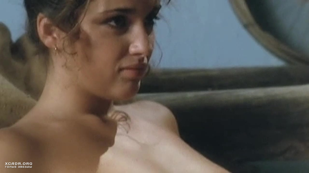 Полностью Раздетая Моник Габриэль Делает Минет – Чёрная Венера (1983)