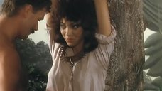 1. Страстный секс с Моник Габриэль возле дерева – Чёрная Венера