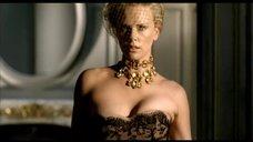 Шарлиз Терон в рекламе парфюма Dior J'Adore
