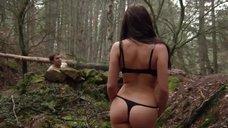 4. Секс сцена с Талитой Люк-Эрдлей в лесу – Поворот не туда 6: Последний курорт