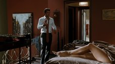 2. Ноги Дженнифер Гарнер – День Святого Валентина (2010)