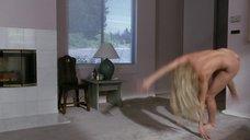 5. Дженнифер Тилли делает колесо после секса – Сделано в Америке (1993)
