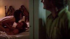 1. Секс сцена с Дженнифер Тилли – Побег (1994)