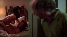 Секс сцена с Дженнифер Тилли