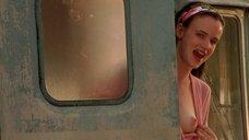 6. Джульетт Льюис показала голую грудь – Калифорния