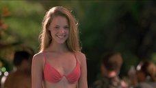 Молодая Кэтрин Хайгл в купальнике