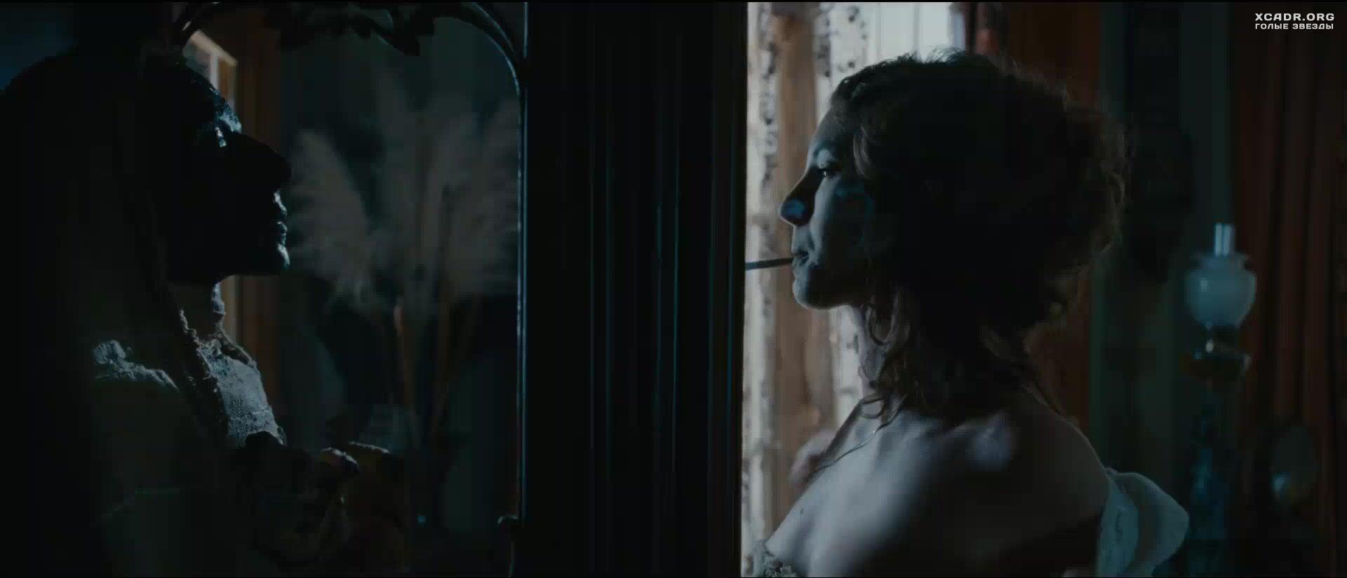 Закинул необычайные приключения адель порно