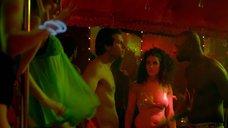 2. Сабрина Уазани на секс-вечеринке – Шутки в сторону (2012)