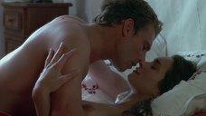 1. Секс сцена с Надей Шибани – Интимные приключения