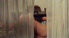 2. Эдвиж Фенек голышом на кровати – Великолепная Антония, поначалу монахиня, а после фурия