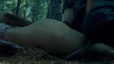 4. Сцена изнасилования Сары Пэкстон в лесу – Последний дом слева