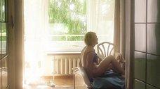 8. Секс сцена с Викторией Толстогановой – Выше неба (2019)