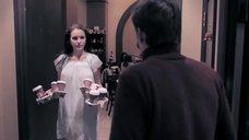 София Каштанова в ночнушке без лифчика
