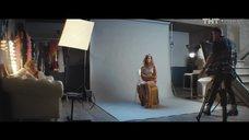 1. Александра Бортич в нижнем белье на фотосессии – Обычная женщина