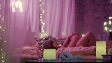 1. Секс сцена с Кристиной Казинской – Чернобыль: Зона отчуждения