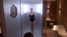 Джейми Ли Кертис в купальнике